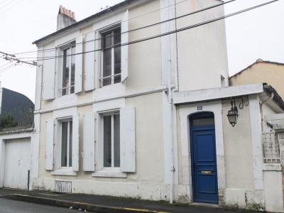 Maison en plein quartier Victor Hugo