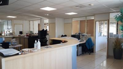 Immeuble de bureaux six fours les plages - 900 m²