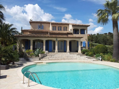 Villa rénovée vue mer piscine