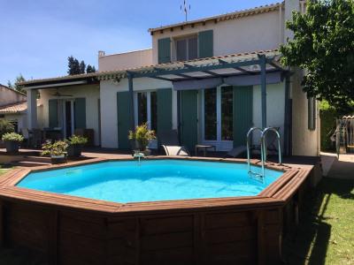 Avignon 15 mn jolie villa