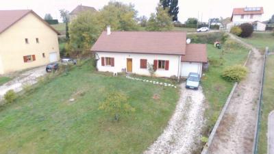Maison de 85m² et 1300m² de terrain