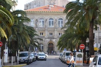 Produit d`investissement Appartement 3 pièces Toulon-(59 m2)-135 000 ?