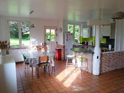 Sale house / villa Nord est lisieux 320000€ - Picture 2
