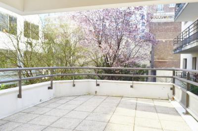Pont de levallois - 2 chambres avec terrasse et balcon