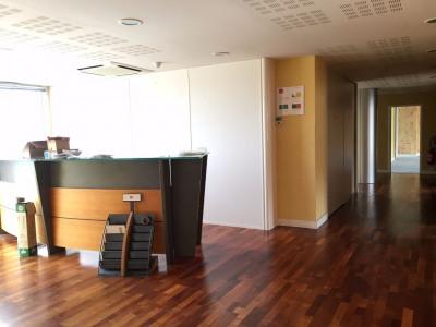 Bureaux Limoges 15 pièce(s) 400 m2