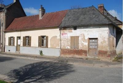 Maison à rénover 2 chambres dépendances cave grenier atelier gra