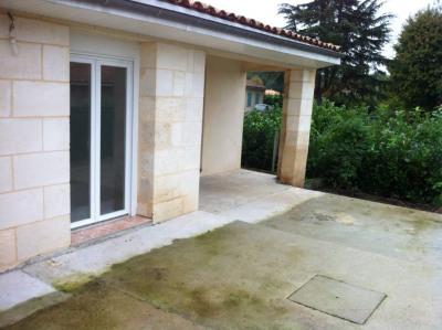 Maison en pierre T4 Rénovée avec cours de 50 m²
