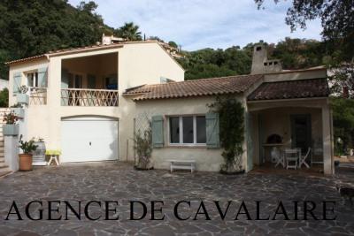 Villa T 5 à Cavalaire avec garage