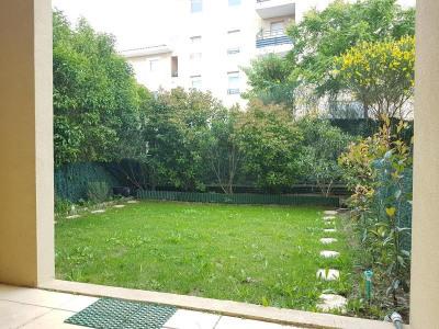 Location - Appartement 2 pièces - 30 m2 - Aix en Provence - Photo