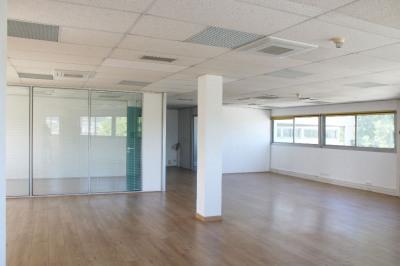Bureaux 142 m² dans pôle d'activités des Milles + parking