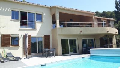 Villa 10 pièces belle vue mer piscine 5 mn des plages
