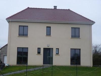 Pavillon 6 chambres garage terrasse sur 1205m² de terrain