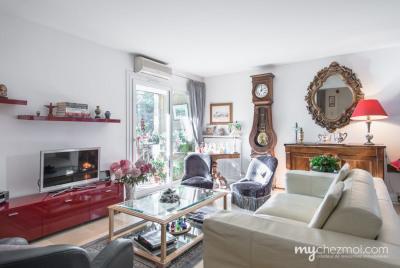 Vente Appartement 3 pièces Aix en Provence-(83 m2)-315 000 ?