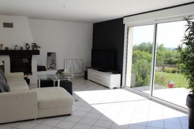 Maison - 7 pièces de 173 m²