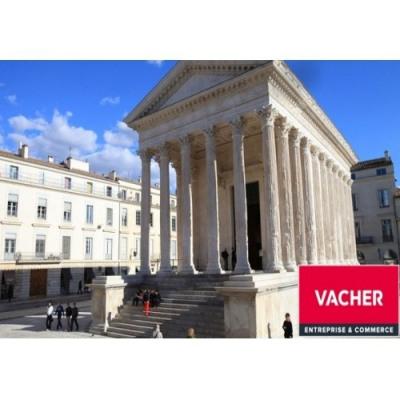 Location Boutique Nîmes 0