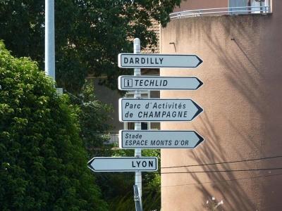 Location Local d'activités / Entrepôt Champagne-au-Mont-d'Or
