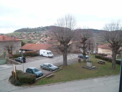 Maison de village toute en pierres du 15ème siècle