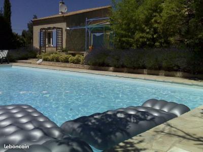 Belle maison avec piscine en campagne de Rognes