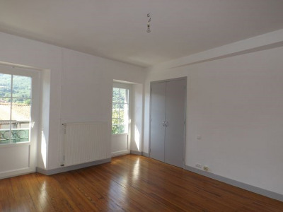 Location appartement St Amans Valtoret (81240)