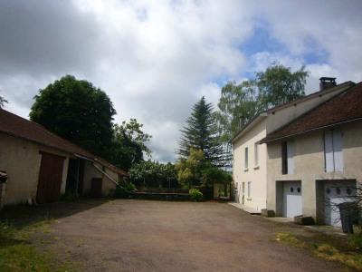 Maison grange et garage
