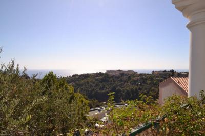 Grand 5 pièces avec vue panoramique mer et colline