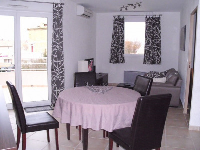 Appartement type T2 avec terrasse et parking