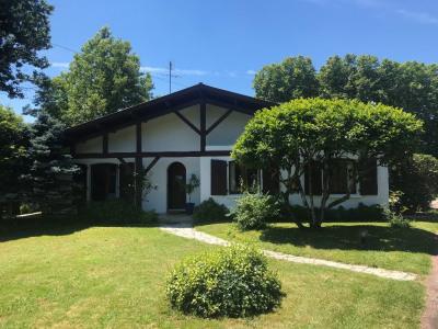 Maison Saugnac Et Cambran 4 pièce (s) 122 m²