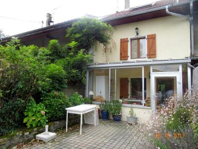 Maison de village 111 m²