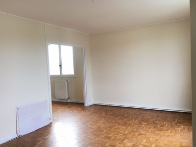 Limoges grand T1 de 40 m² proche ester technopole