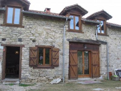 Eyjeaux maison T4 de 128 m² avec jardin et grange