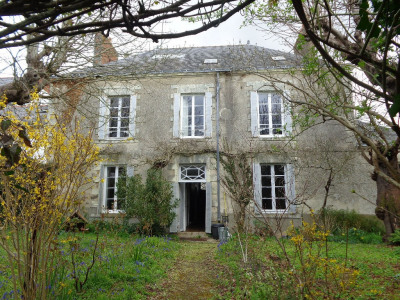 Maison Campbon 10 pièce (s) 270 m²