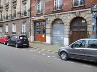 Location Local d'activités / Entrepôt La Madeleine