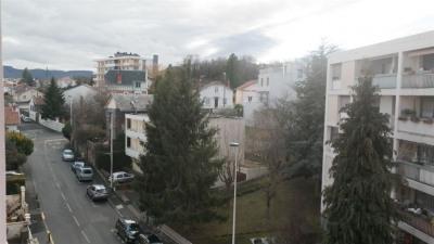 Vente Appartement 3 pièces Clermont Ferrand-(68 m2)-120 990 ?