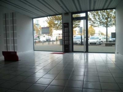 Location Boutique Montigny-le-Bretonneux