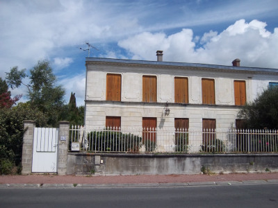 Maison Charentaise + Terrain