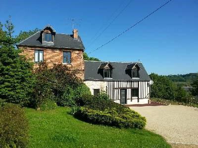 Sale house / villa Nord est lisieux 320000€ - Picture 1