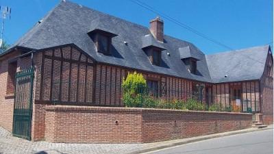 Maison de caractère en briques 4 chambresdependances sur 1000m²