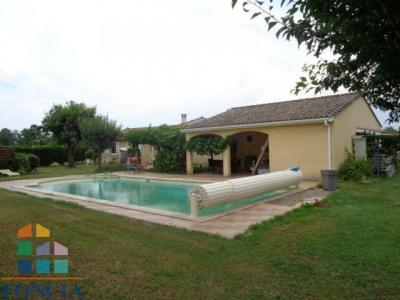 Maison de 2005 de 119 m² avec piscine 10 x5