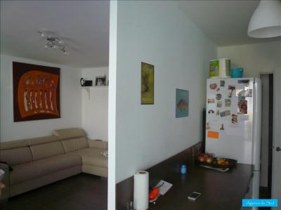Appartement rez-de-chaussée jardinet