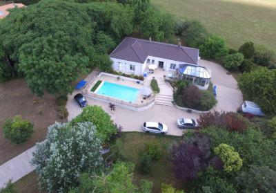 Maison Lagord 9 pièce (s) 178.51 m²