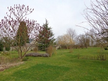 Sale house / villa Illiers l eveque 241500€ - Picture 2