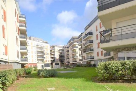 Deluxe sale apartment Eragny 145 000€ - Picture 2