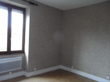 Location appartement Oullins 455€ CC - Photo 1