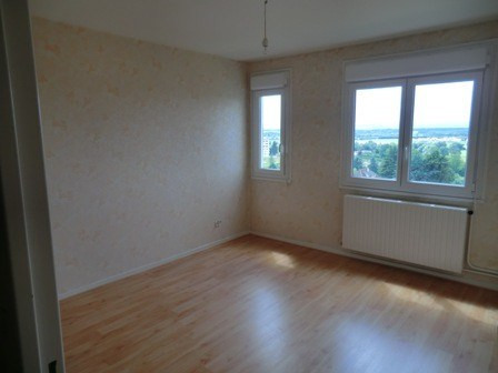 Location appartement Champforgeuil 412€ CC - Photo 1