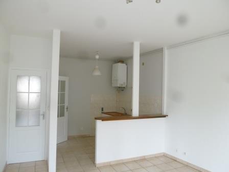 Rental apartment Oullins 645€ CC - Picture 1