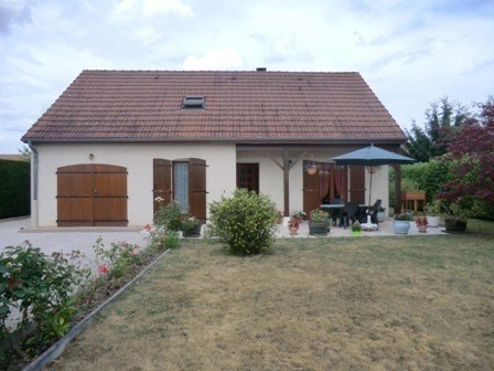 Sale house / villa Crissey 185 000€ - Picture 1