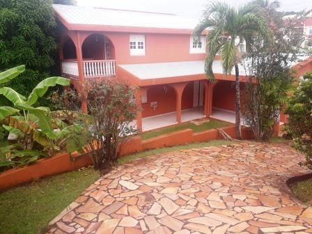 Vente maison / villa Le robert 399000€ - Photo 1