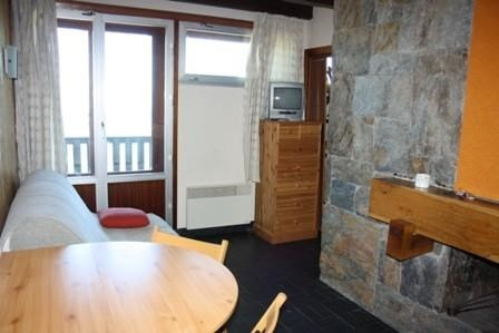 Vacation rental apartment Saint-lary 298€ - Picture 2