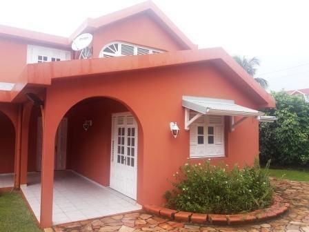 Vente maison / villa Le robert 399000€ - Photo 3