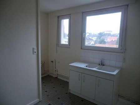 Rental apartment Chalon sur saone 485€ CC - Picture 6